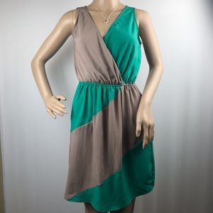 Soprano Casual Flowy Dress Size Small